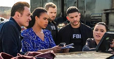 FBI MW 2x12-03.jpg
