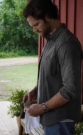 Walker 1x16-05.jpg