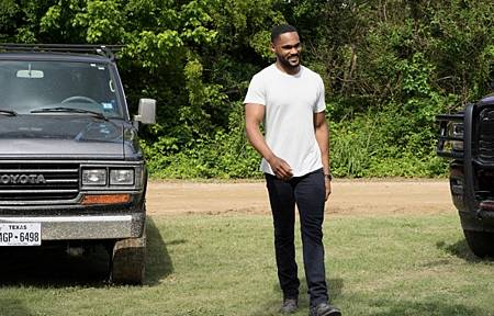 Walker 1x16-15.jpg