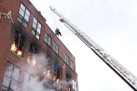 Chicago Fire 10×1 (22).jpg