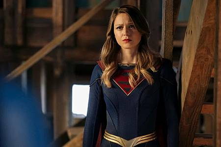 Supergirl 6×11 (1).jpg