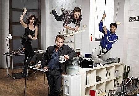 breaking-in-fox-tv-show-s01e01-pilot-06_tn.jpg