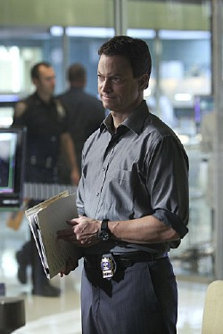 csi-ny-34th-Floor-season7-04_tn.jpg