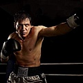 Lights_Out_S1_Holt_McCallany_008_tn.jpg