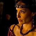 Camelot_S1_Still_20110115_009_tn.jpg