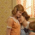 mildred-pierce-preview-20110325-01_tn.jpg