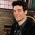 Emmys_2011_JRadnor_600110601111553.jpg