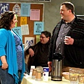 mike-and-molly-8_tn.jpg