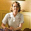 mildred-pierce-preview-20110325-05_tn.jpg