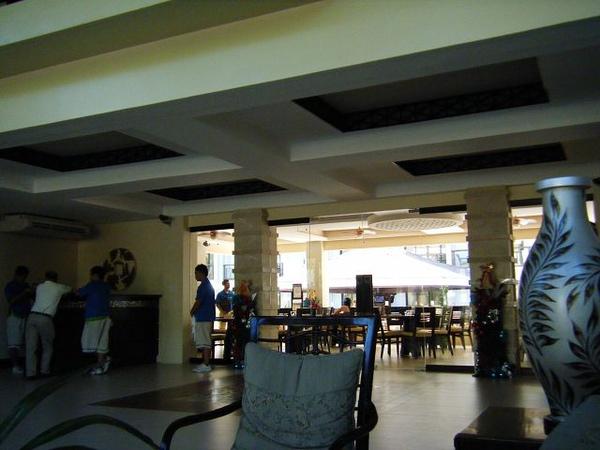 Regency Lagoon 大廳