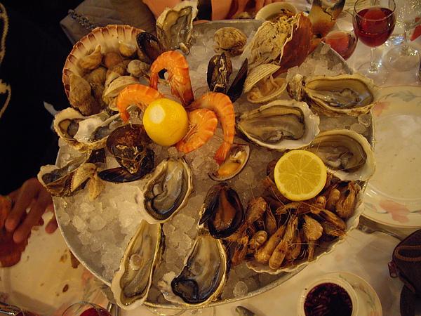 1~Brasserie Bofinger餐廳裡好吃海鮮盤-2.jpg