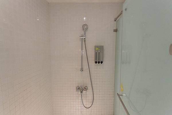 公共衛浴2.jpg