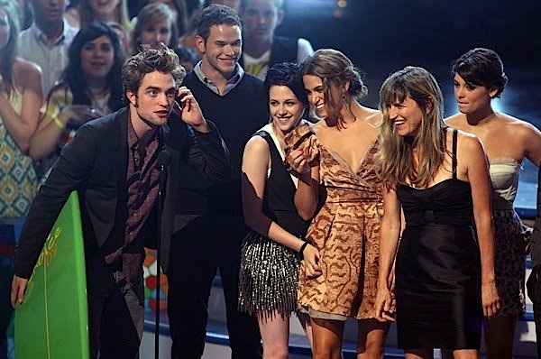 Twilight Cast_Teen Choice Awards 2009.jpg