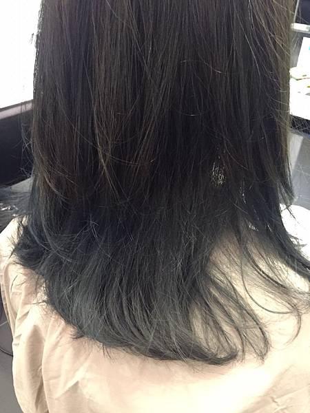 20151129 髮尾漂染_8671.jpg