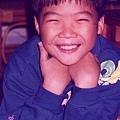 Aki 小時候喜歡的姿勢