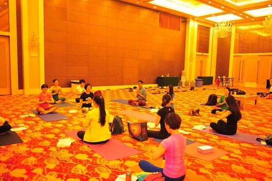 201505-邱顯峰深圳脈輪與勝王瑜伽師資培訓班精采回憶2-60
