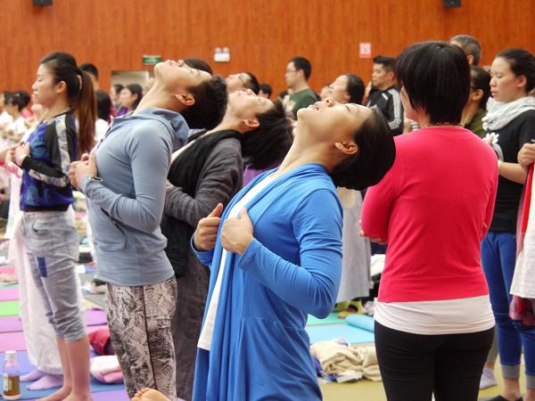 邱顯峰昆明瑜伽呼吸法與身印法教師認證班精采回憶2-8
