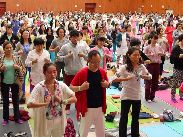 邱顯峰昆明瑜伽呼吸法與身印法教師認證班精采回憶2-7