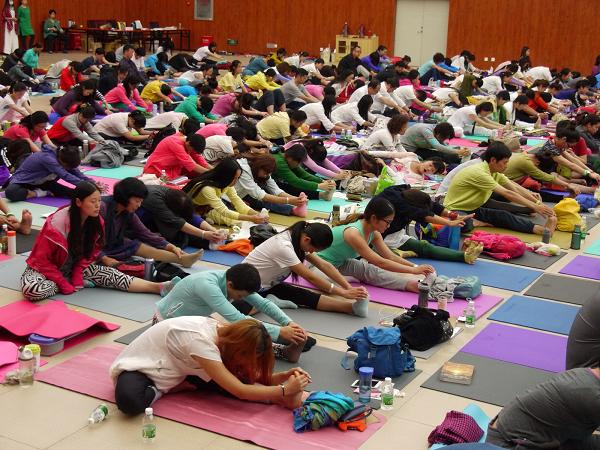 邱顯峰昆明瑜伽呼吸法與身印法教師認證班精采回憶2-12