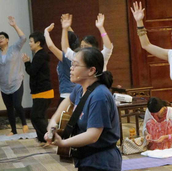201607邱显峰黄山脉轮与胜王瑜伽中级教师认证班精采回忆3-29