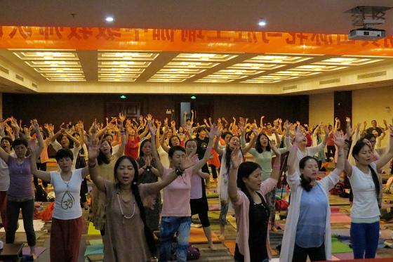 201607邱显峰黄山脉轮与胜王瑜伽中级教师认证班精采回忆3-40