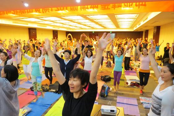 201607邱显峰黄山脉轮与胜王瑜伽中级教师认证班精采回忆3-36