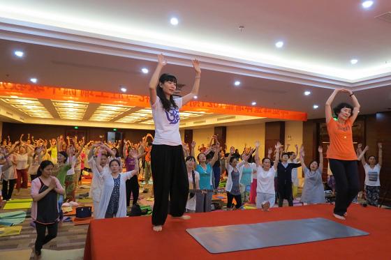 201607邱显峰黄山脉轮与胜王瑜伽中级教师认证班精采回忆3-32