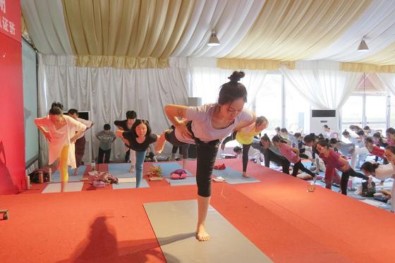 201609邱显峰上海脉轮与胜王瑜伽初级教师认证班2-28