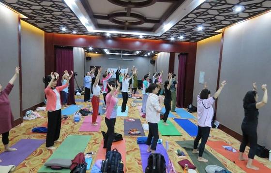 201807201807太原首屆初級瑜伽體式種子教師培訓營回憶-002.jpg
