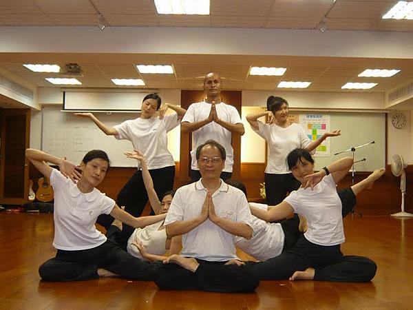 2009千手觀音表演者合照