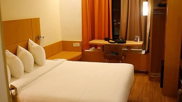 飯店不大但很乾淨