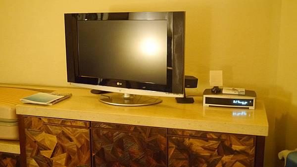 房間內的電視