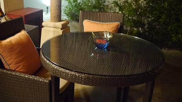 戶外的裝飾杯