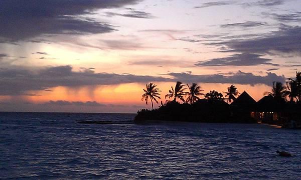 夕陽西下~好像一幅畫