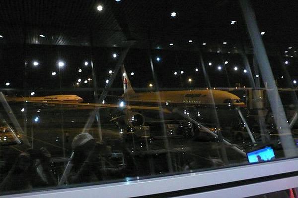 午夜12點的飛機