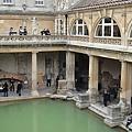西元2000年前羅馬帝國建立的浴池
