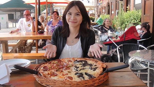 瘋狂超大pizza