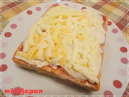 漢爺爺~火腿蛋方塊(烤前).JPG