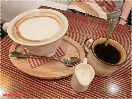 cafe cafe~飲料拍.JPG