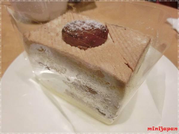 星巴克~黑糖栗子蒙布朗蛋糕(包裝).JPG
