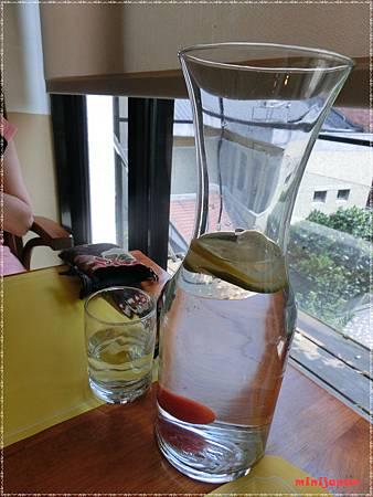 紗汀娜好食~水水.JPG