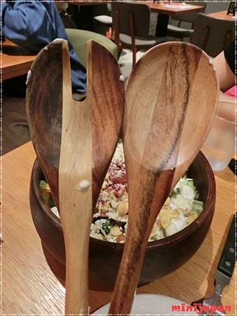 Campus cafe~特製木碗凱薩沙拉叉子湯匙.JPG