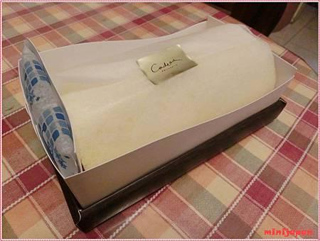 可朵~蛋糕捲+保冷劑.JPG
