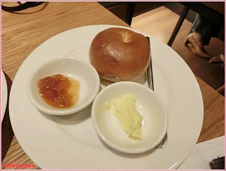 kaya kaya cafe-貝果.JPG