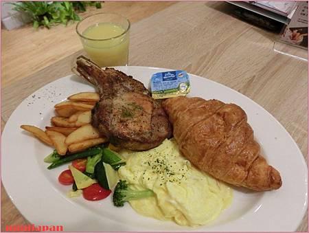 omocafe_噶瑪蘭黑豚早午餐