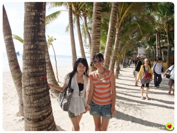 海灘就是要有椰林啊