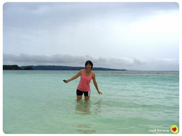 這裡也是清澈的海水