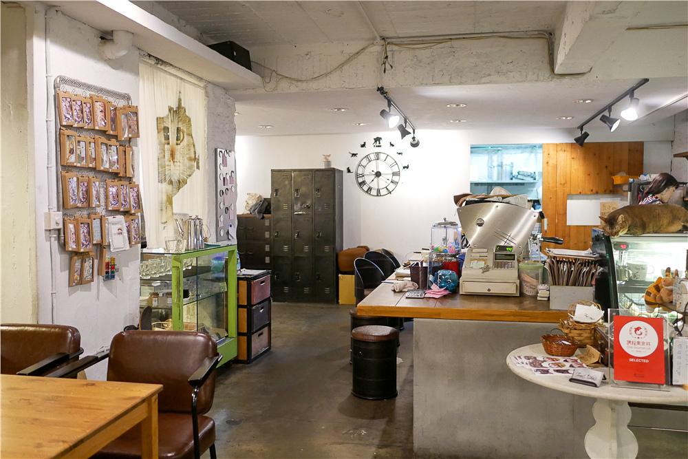 Toast Chat 不限時咖啡廳 美味義式燉飯  貓咪餐廳蒐集|台北東區|捷運國父紀念館 (2).jpg