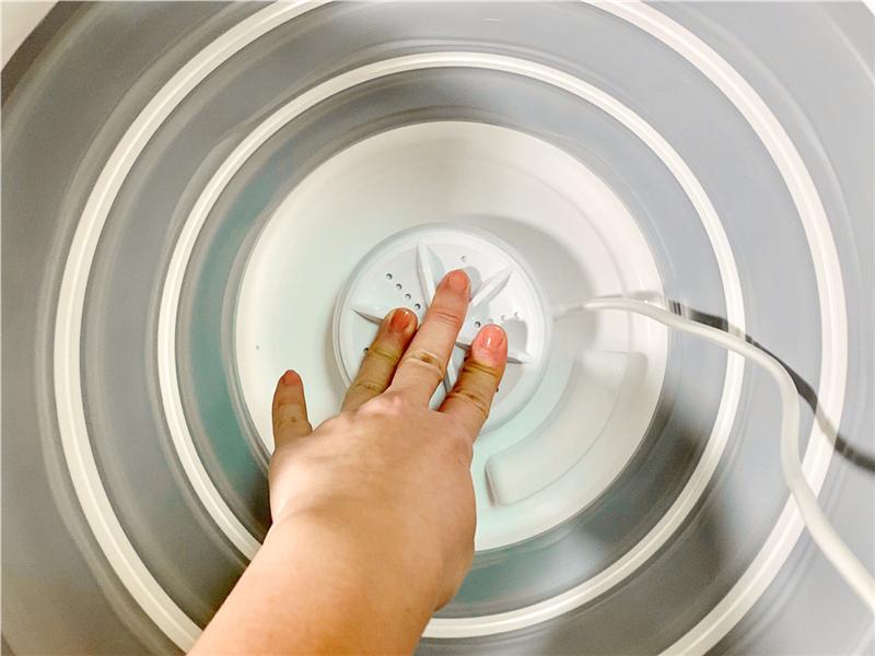 MiniPRO微型電氣大師 TheONE 超聲波渦輪 便攜洗衣機 迷你洗衣機 實測 (14).jpg