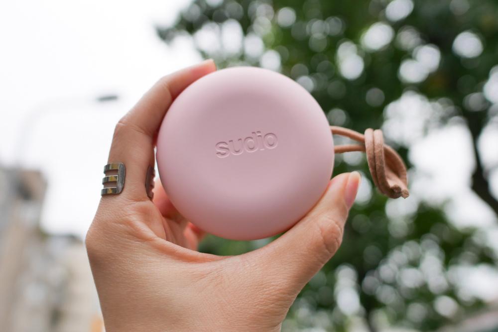 〖 耳機 〗顏值擔當!SUDIO Fem真無線藍牙耳機  開箱評測 |myfone購物 (1).jpg